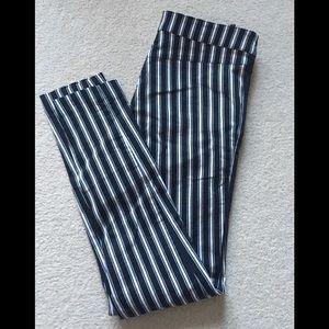 🌾 2/$25 Striped cigarette pants